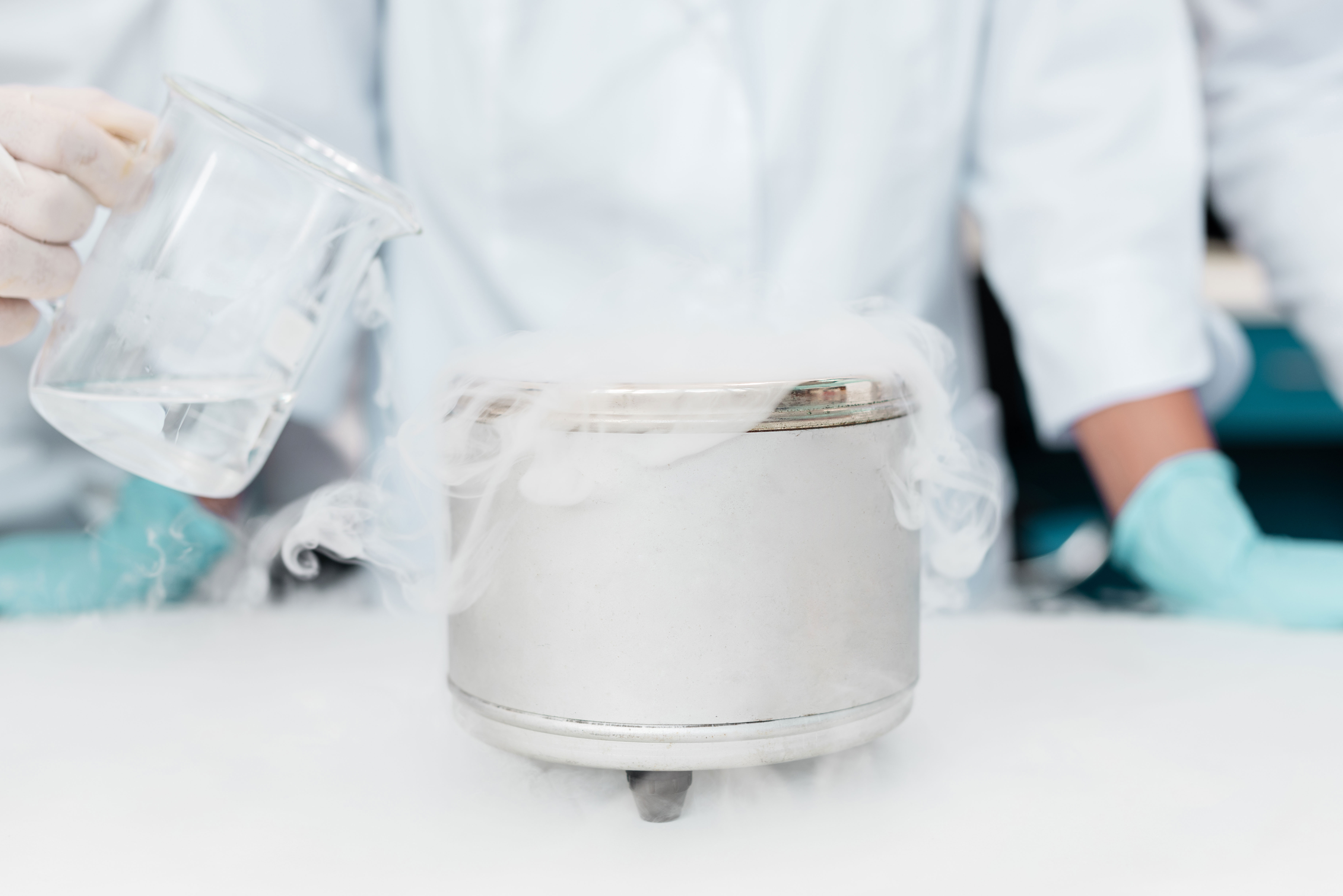 Mr Iceman Dry Ice used for science experiments